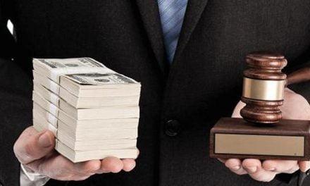 Advogados optantes do Simples Nacional não podem recolher ISSQN