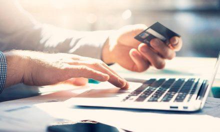 Taxas federais podem ser pagas com cartão de crédito a partir de hoje