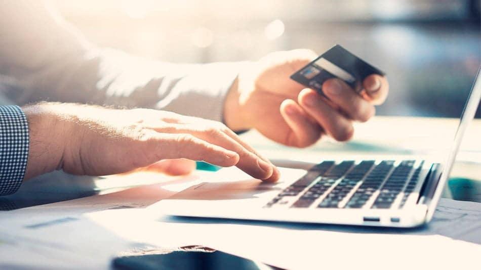 taxas-federais-podem-ser-pagas-com-cartao-de-credito-a-partir-de-hoje